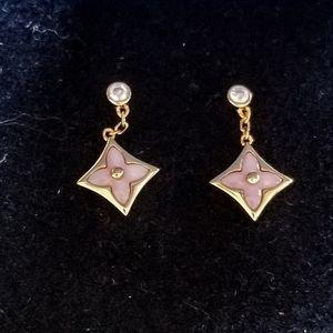 Louis Vuitton pearl face earrings